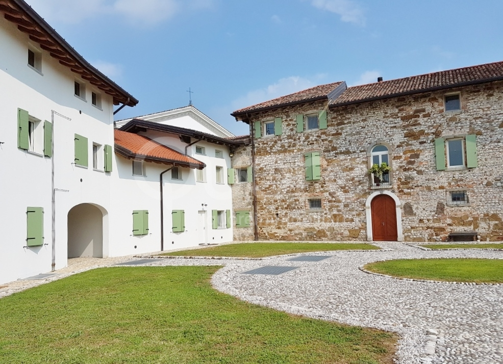 Appartamento in vendita a Pradamano, 6 locali, prezzo € 199.000   CambioCasa.it
