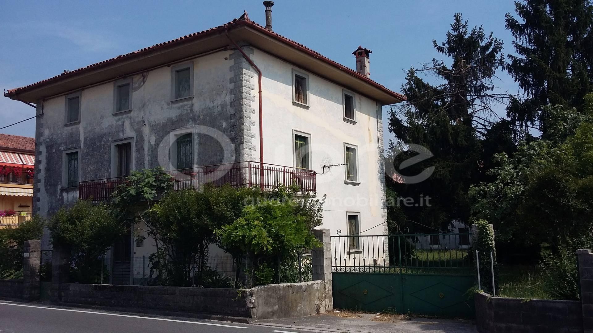Soluzione Indipendente in vendita a San Vito di Fagagna, 8 locali, prezzo € 230.000 | CambioCasa.it