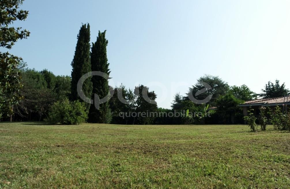 Villa in vendita a Santa Maria La Longa, 10 locali, zona Località: S.oStefanoUdinese, prezzo € 290.000   CambioCasa.it