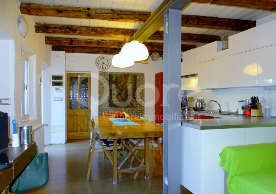 Soluzione Indipendente in vendita a Bertiolo, 3 locali, zona Zona: Pozzecco, prezzo € 75.000   CambioCasa.it