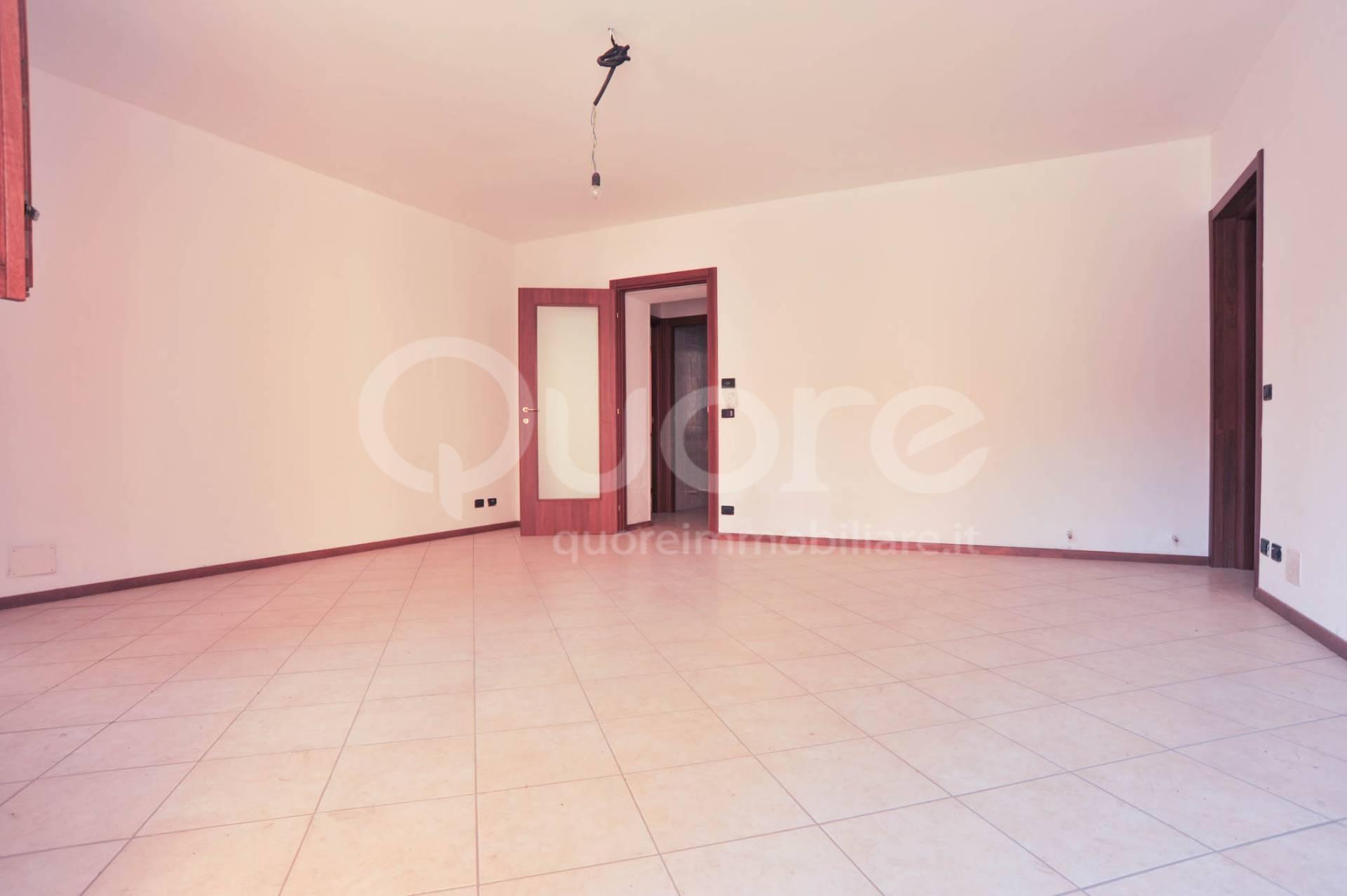 Appartamento in vendita a Basiliano, 4 locali, prezzo € 99.000 | CambioCasa.it