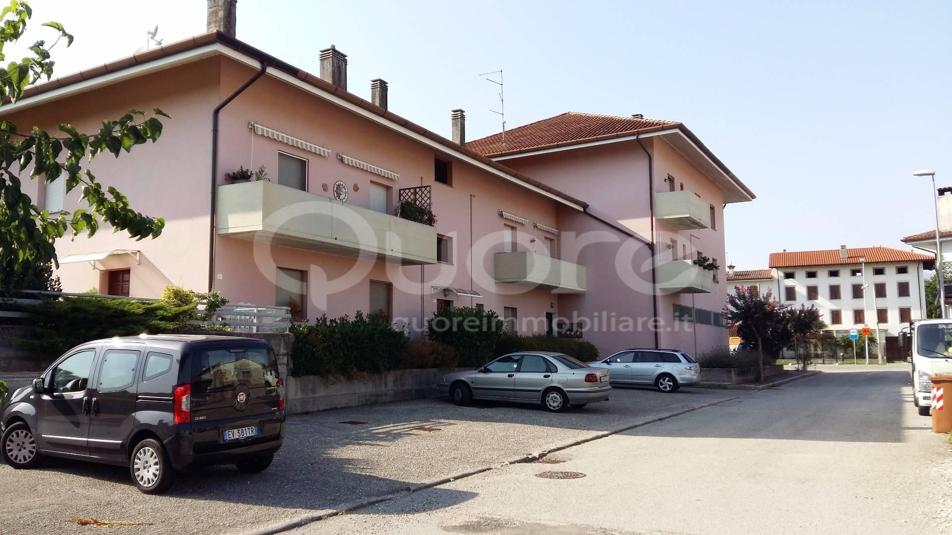 Appartamento in vendita a Povoletto, 5 locali, zona Località: Ravosa-magredis, prezzo € 85.000 | CambioCasa.it