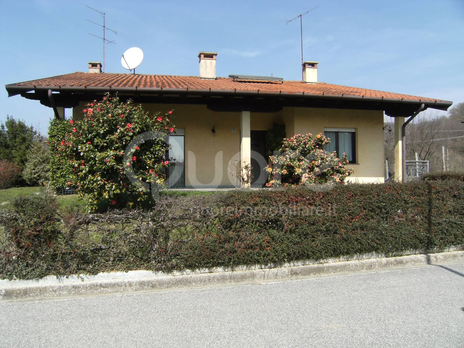 Villa in affitto a Attimis, 4 locali, prezzo € 680 | CambioCasa.it