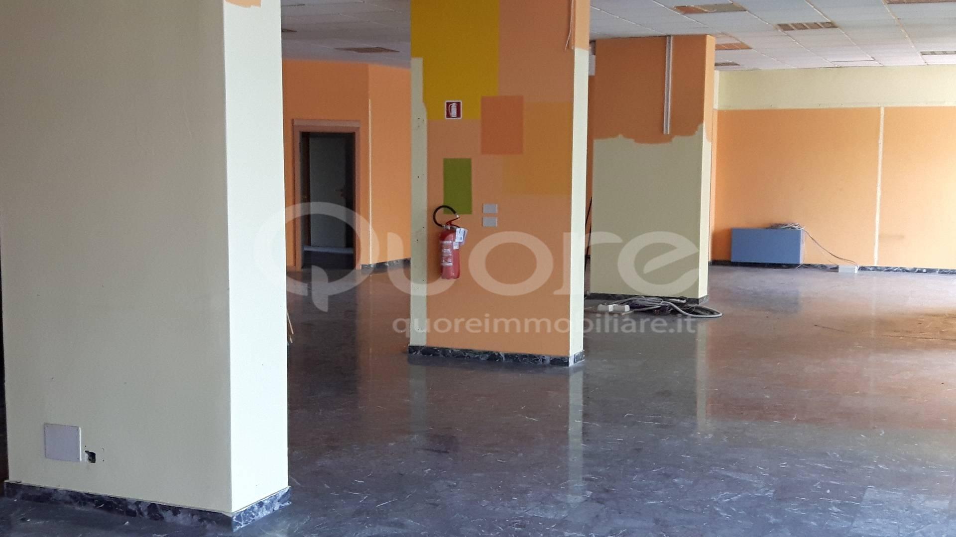 Negozio / Locale in vendita a Udine, 9999 locali, prezzo € 245.000 | CambioCasa.it