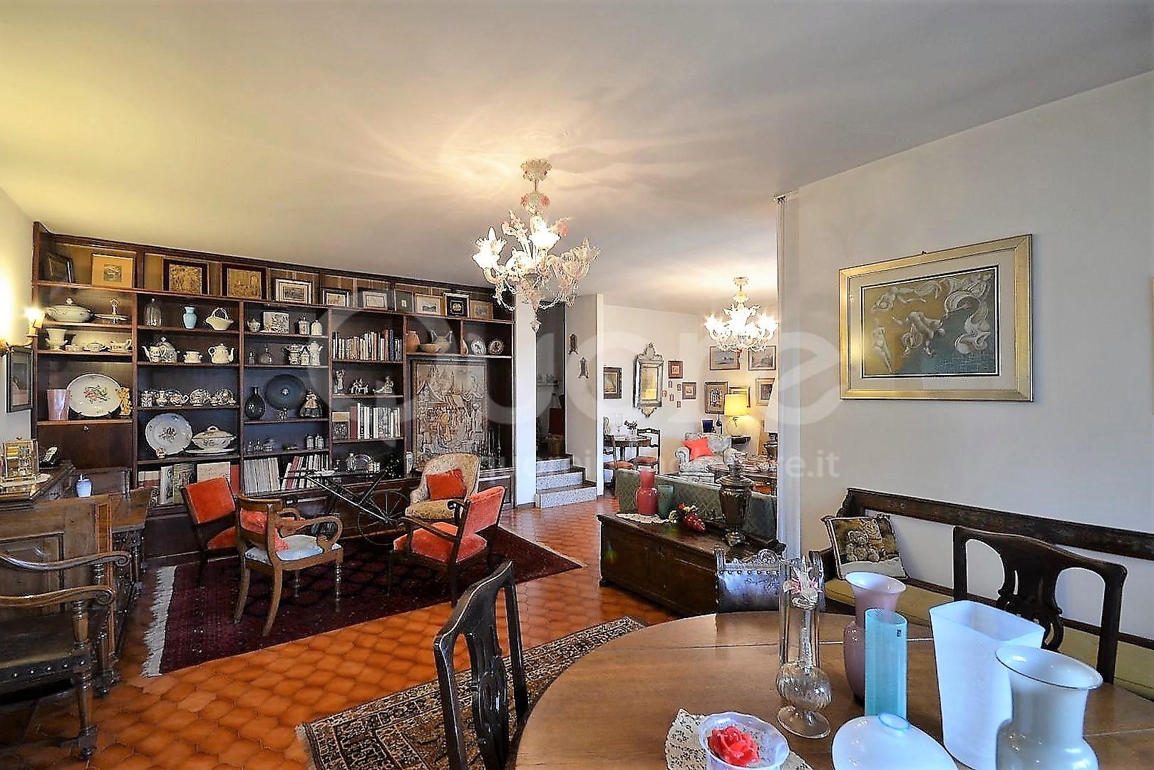 Villa in vendita a Tricesimo, 7 locali, zona Località: Morena, prezzo € 260.000 | CambioCasa.it
