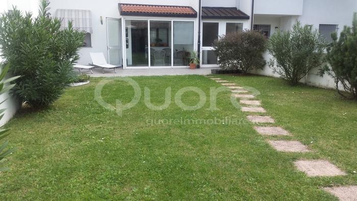 Appartamento in vendita a Campoformido, 4 locali, prezzo € 165.000 | CambioCasa.it