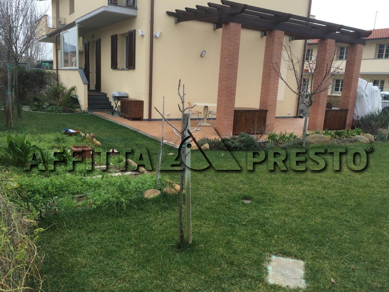 Soluzione Indipendente in vendita a San Giuliano Terme, 7 locali, zona Zona: Mezzana, prezzo € 210.000 | Cambio Casa.it