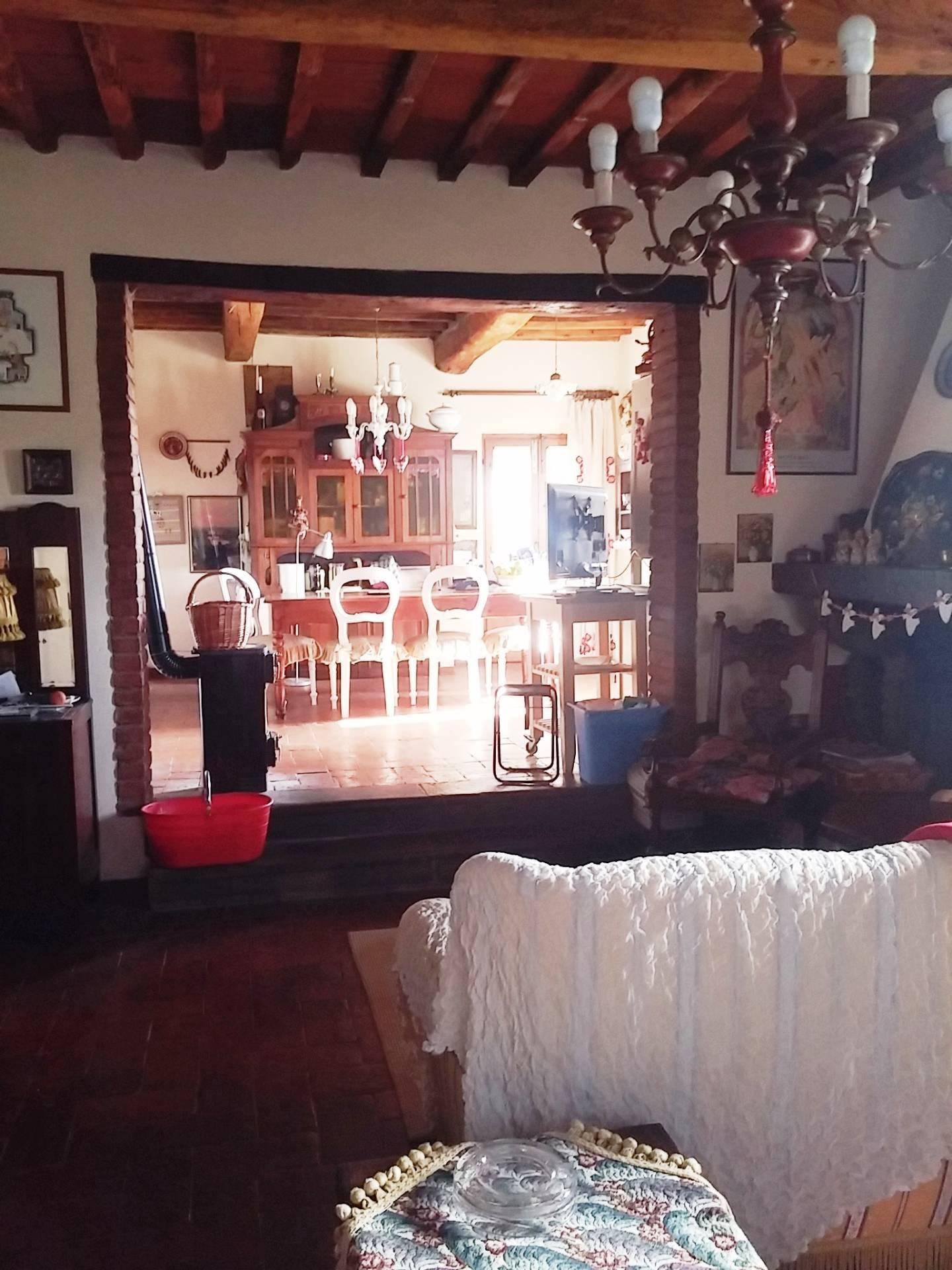 Appartamento in vendita a Palaia, 4 locali, zona Località: SanGervasio, prezzo € 165.000 | Cambio Casa.it