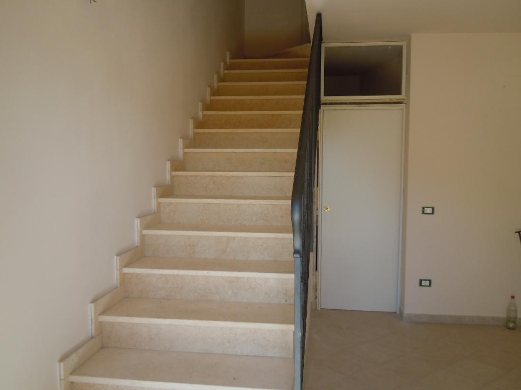 Appartamento in vendita a Crespina Lorenzana, 5 locali, zona Località: Cenaia, prezzo € 280.000 | CambioCasa.it