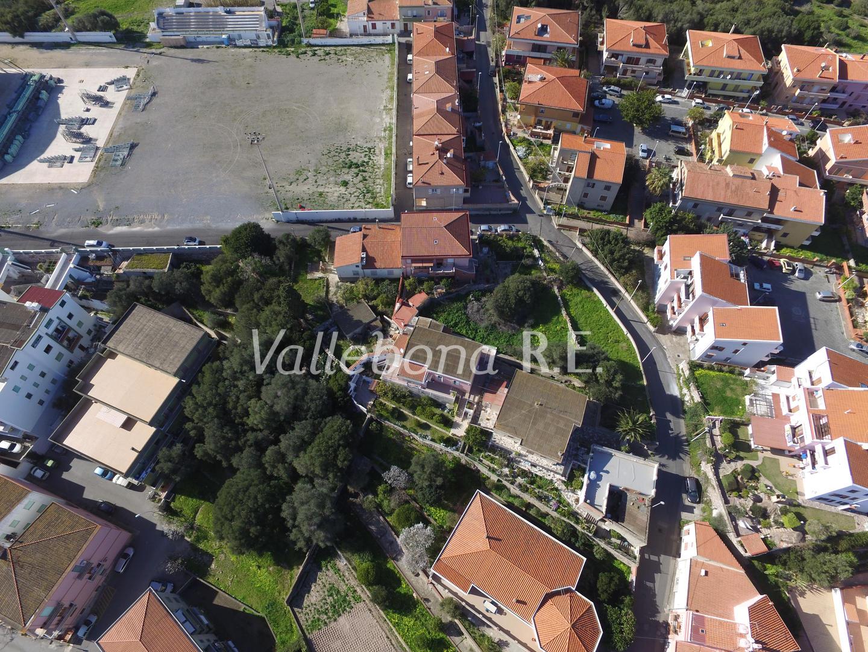 Villa in vendita a Carloforte, 6 locali, zona Località: CarlofortePaese/Citycentre, prezzo € 259.000   CambioCasa.it