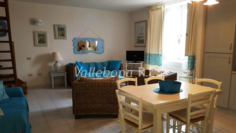 Appartamento in vendita a Carloforte, 3 locali, zona Località: CarlofortePaese/Citycentre, prezzo € 170.000 | CambioCasa.it