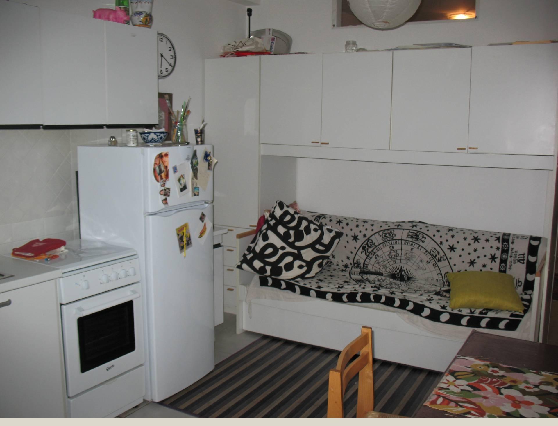 Appartamento in affitto a Macerata, 2 locali, zona Zona: Semicentrale, prezzo € 350 | Cambio Casa.it