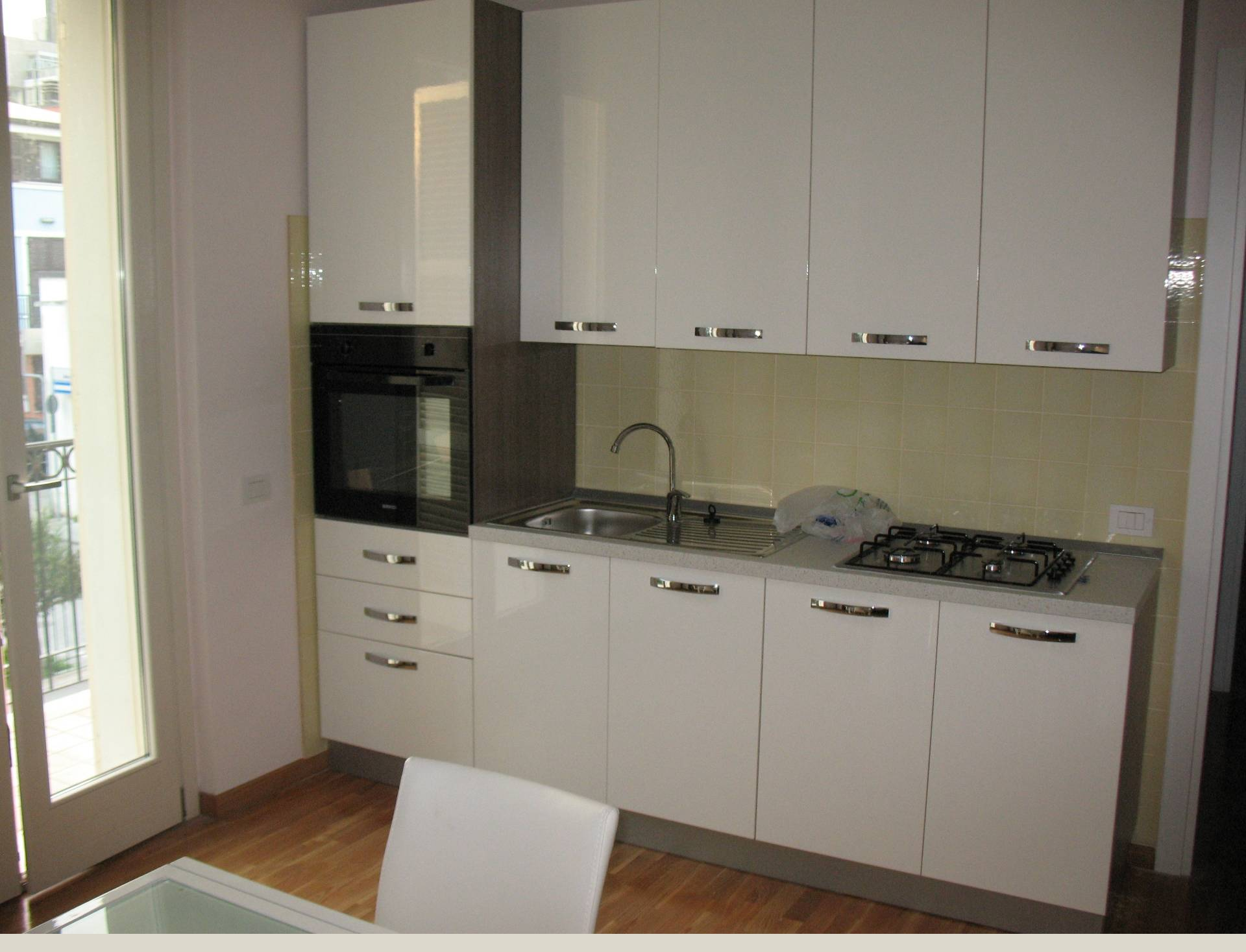 Appartamento in affitto a Civitanova Marche, 2 locali, prezzo € 500 | CambioCasa.it