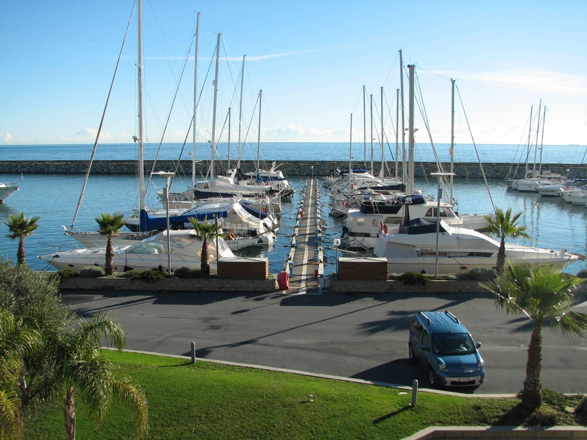 Appartamento in vendita a San Lorenzo al Mare, 2 locali, prezzo € 320.000 | Cambio Casa.it