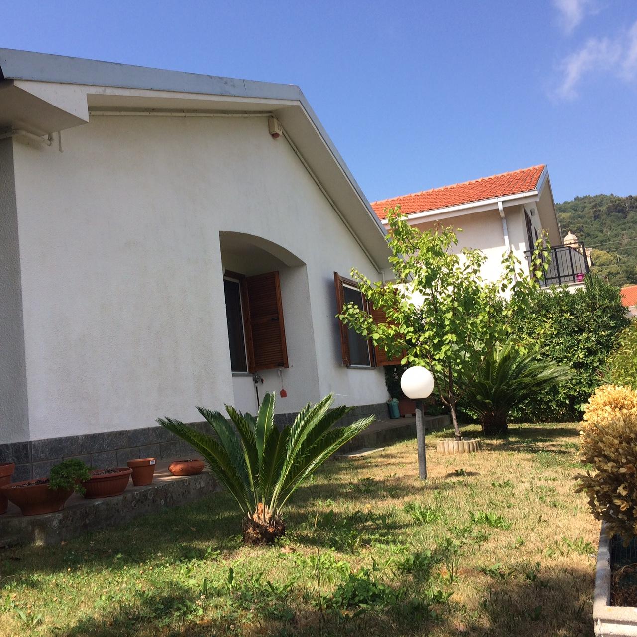 Appartamento in vendita a Diano Arentino, 2 locali, prezzo € 175.000 | CambioCasa.it
