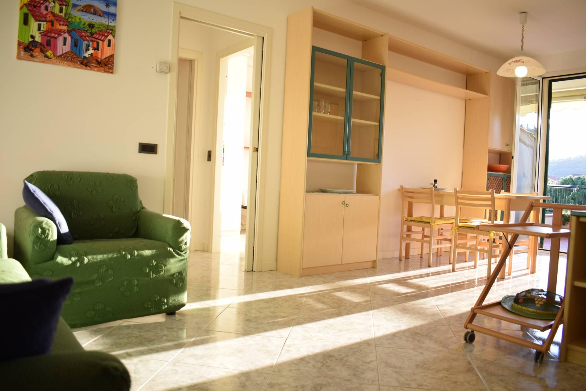 Appartamento in affitto a Diano Marina, 2 locali, prezzo € 600 | CambioCasa.it