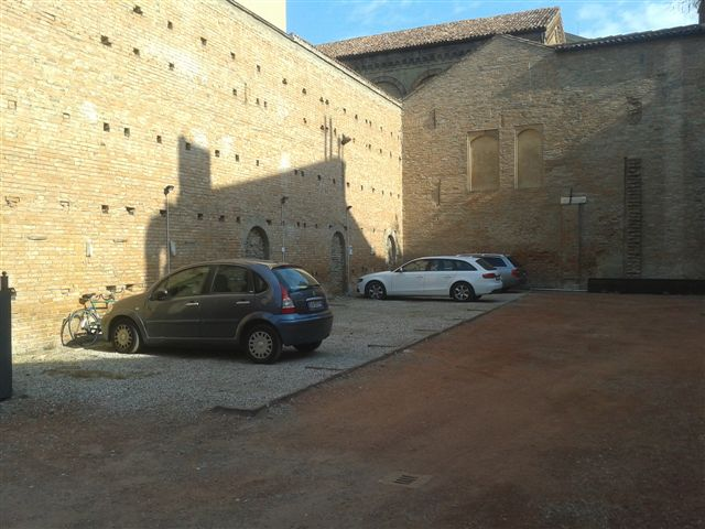 Box / Garage in affitto a Ferrara, 9999 locali, zona Località: Centrostorico, prezzo € 110 | CambioCasa.it