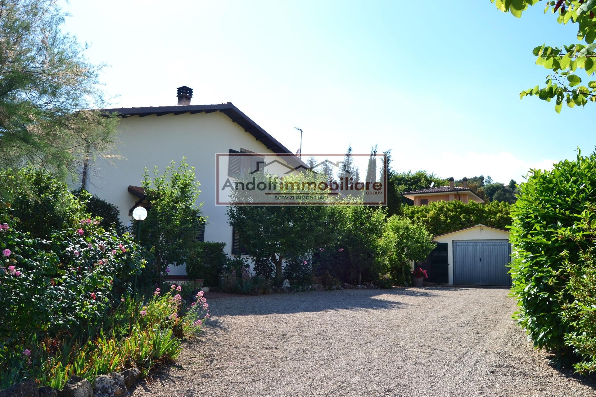 Villa in vendita a Itri, 6 locali, prezzo € 420.000 | CambioCasa.it