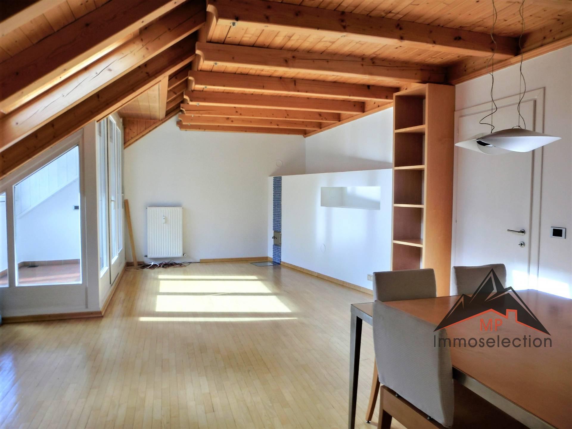Appartamento in affitto a Brunico, 3 locali, zona Zona: Brunico, prezzo € 900 | CambioCasa.it