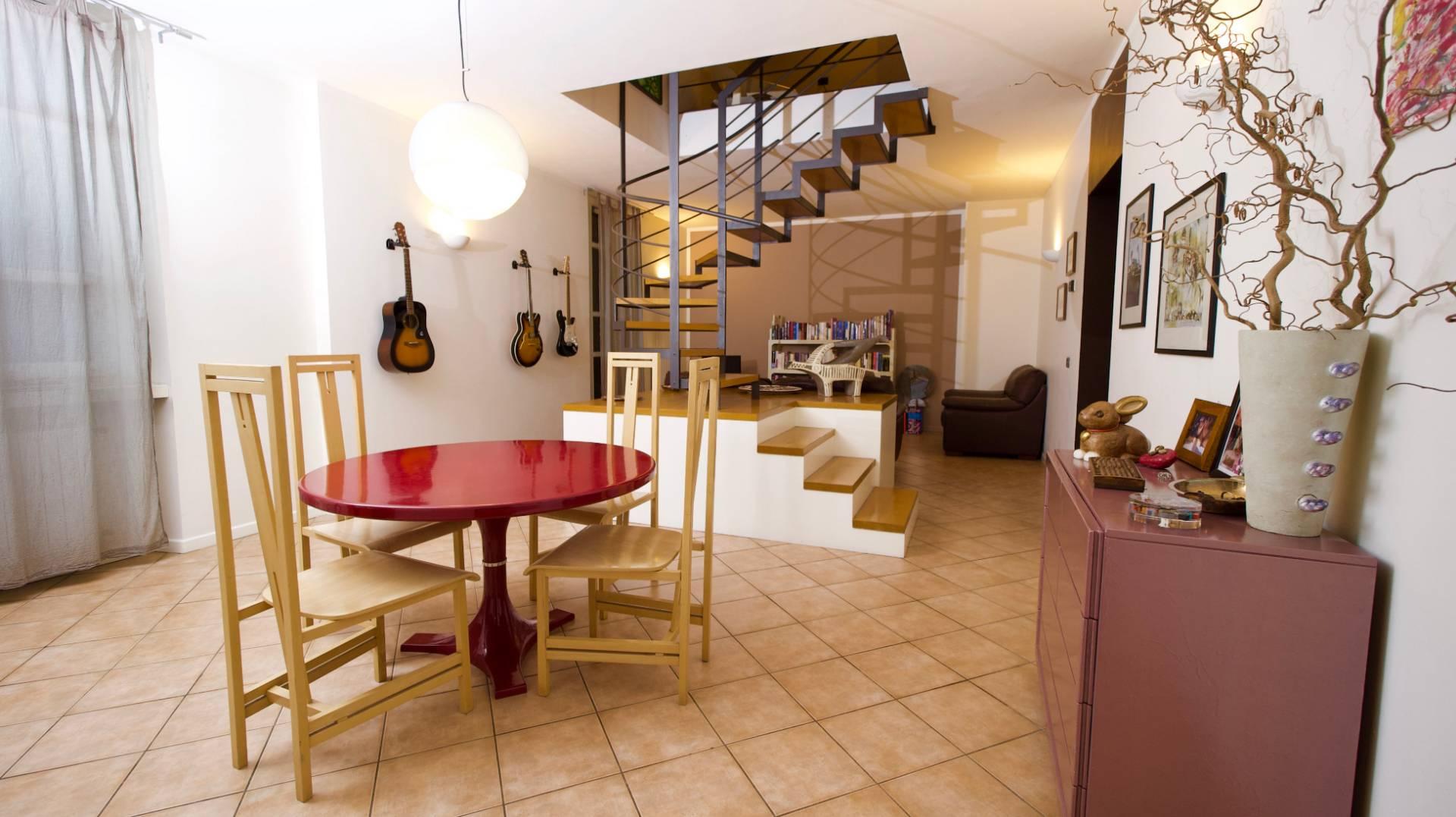 Appartamento in Vendita a Como Centro: 4 locali, 166 mq