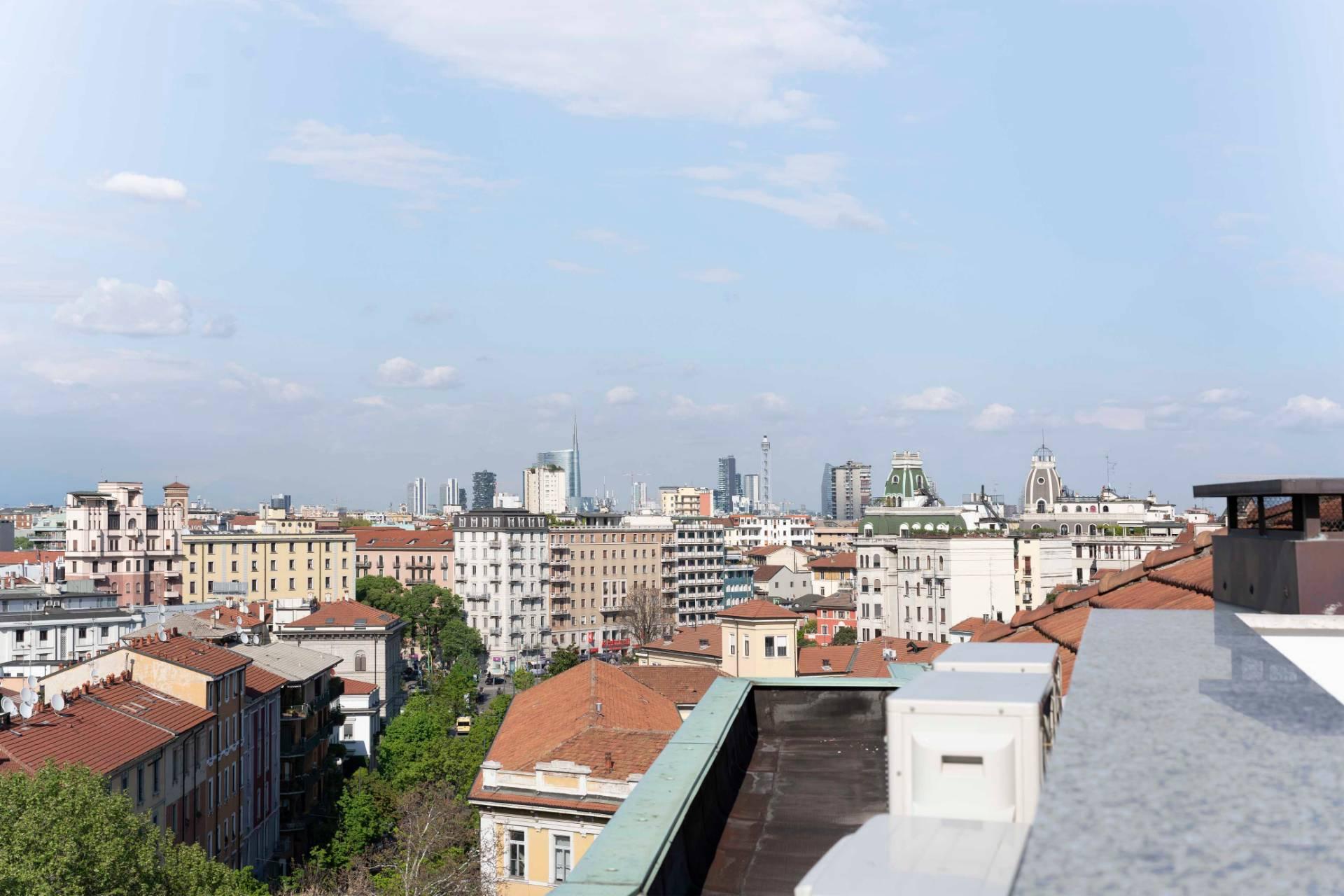 Attico in Vendita a Milano: 5 locali, 265 mq