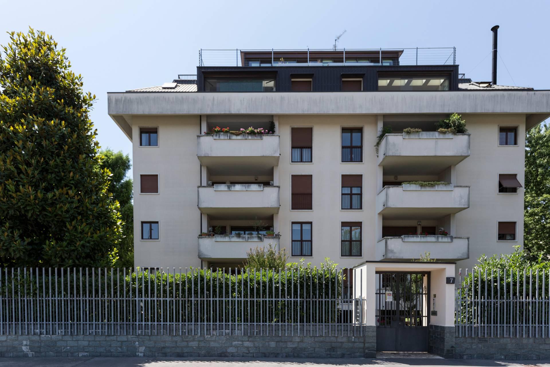 Appartamento in Vendita a Milano 18 Ippodromo / San Siro / Zavattari: 5 locali, 185 mq