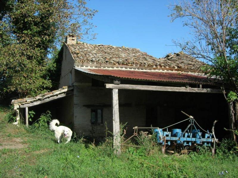 Soluzione Indipendente in vendita a Montegiorgio, 10 locali, prezzo € 48.000 | CambioCasa.it