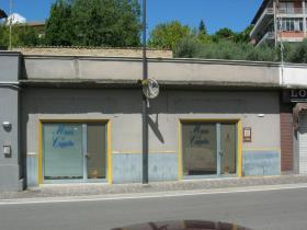 Attività / Licenza in vendita a Montappone, 9999 locali, prezzo € 62.000 | CambioCasa.it