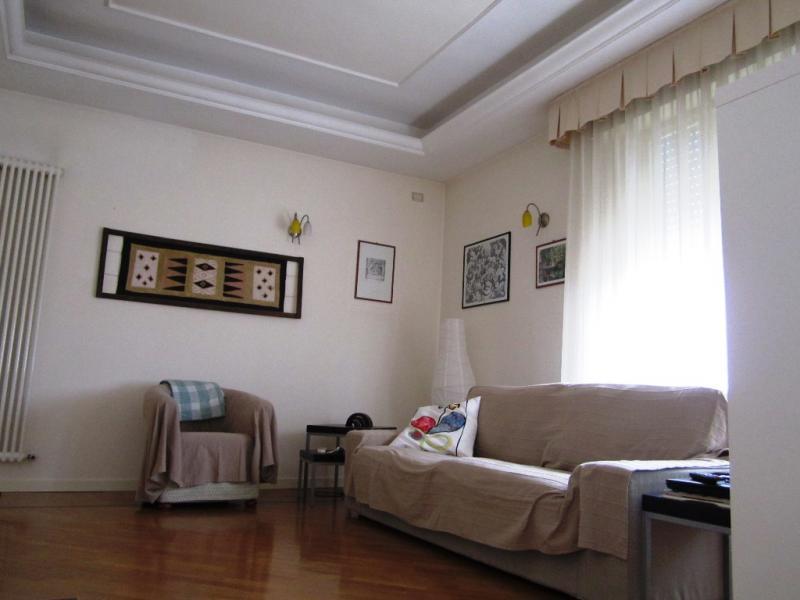 Appartamento in vendita a Sant'Elpidio a Mare, 7 locali, zona Località: BivioCascinare, prezzo € 215.000 | CambioCasa.it
