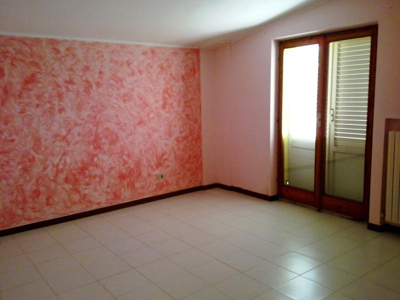 Appartamento in affitto a Grottazzolina, 7 locali, prezzo € 470 | CambioCasa.it