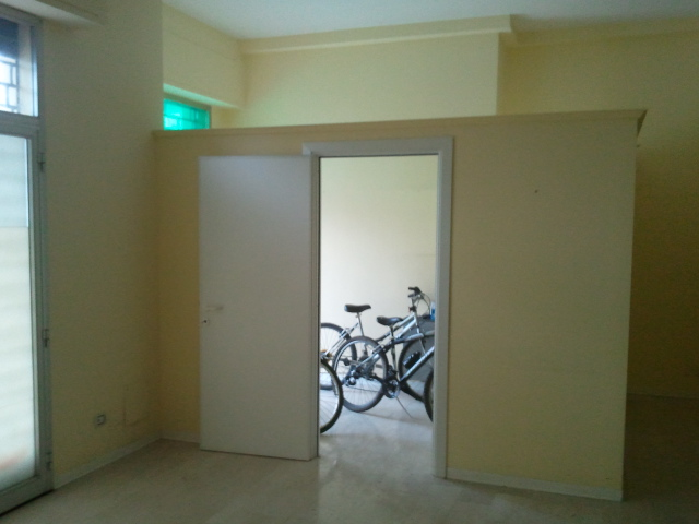 Attività / Licenza in affitto a Montappone, 9999 locali, Trattative riservate | CambioCasa.it