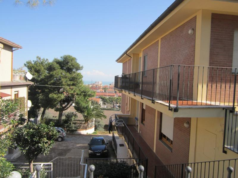 Appartamento in vendita a Porto San Giorgio, 5 locali, prezzo € 260.000 | CambioCasa.it