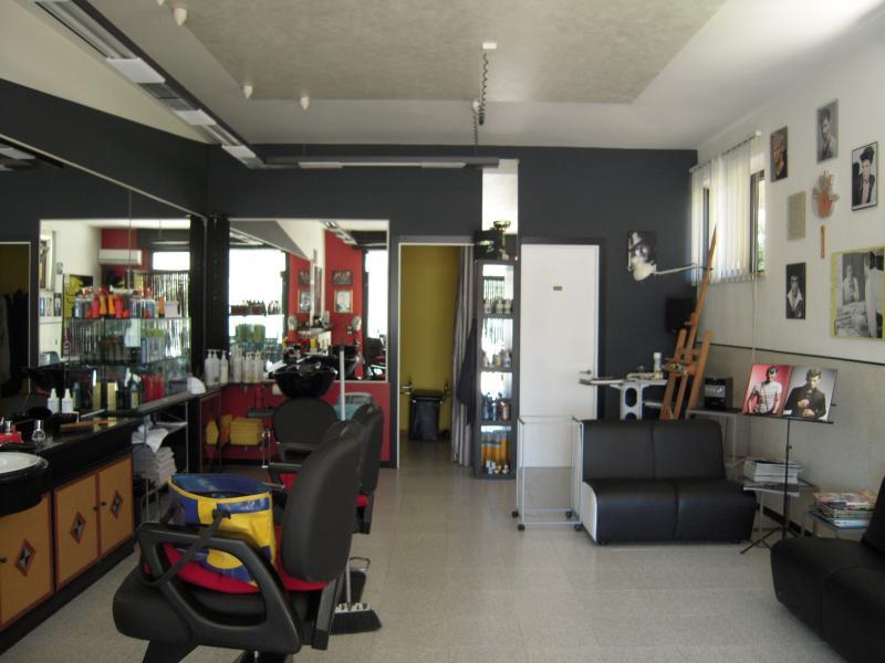 Attività / Licenza in vendita a Ponzano di Fermo, 9999 locali, zona Zona: Capparuccia, prezzo € 65.000 | CambioCasa.it