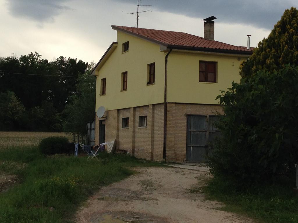 Soluzione Indipendente in vendita a Fermo, 10 locali, prezzo € 1.247.000   CambioCasa.it