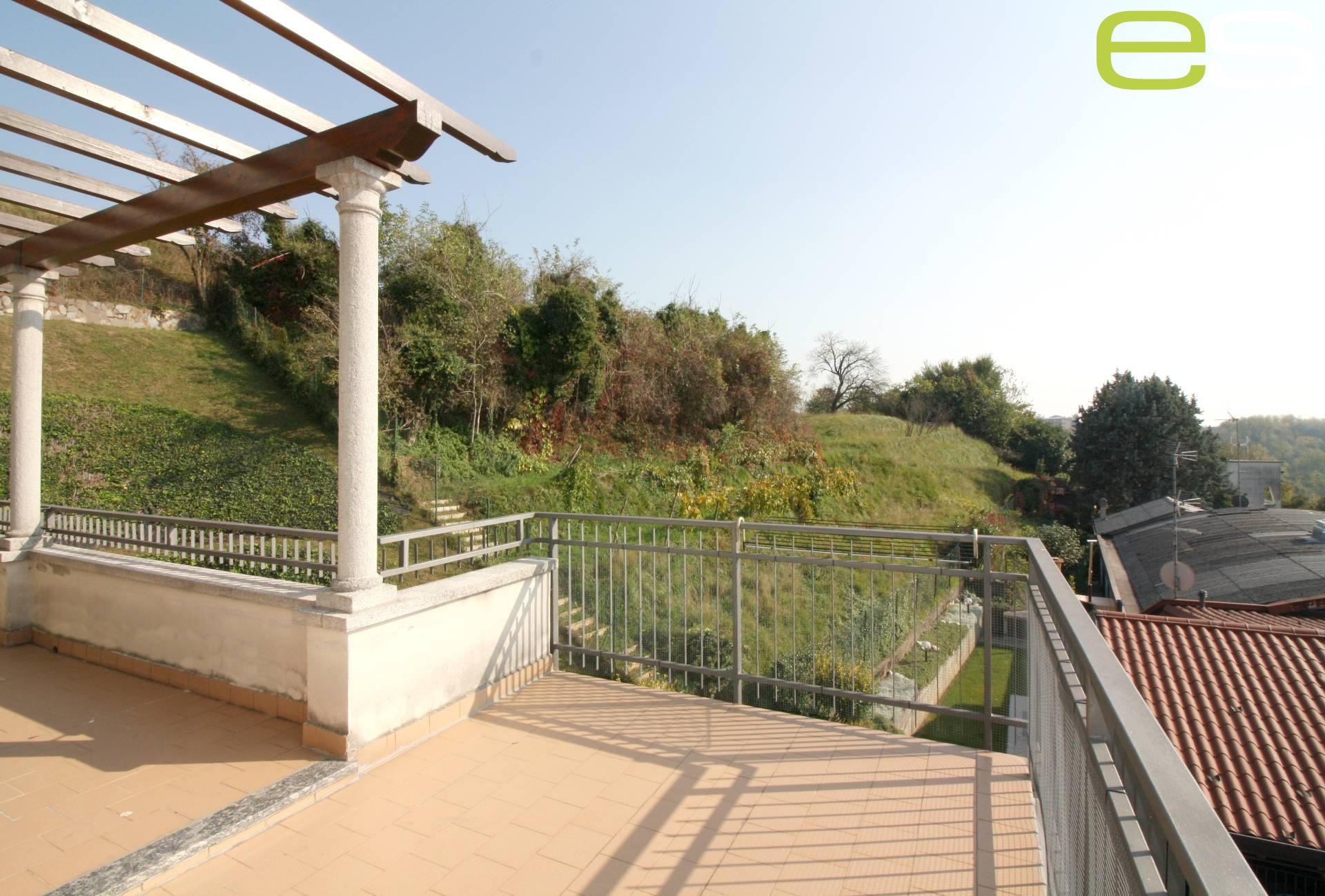 Appartamento in vendita a Nibionno, 3 locali, zona Zona: Cibrone, prezzo € 152.000 | CambioCasa.it