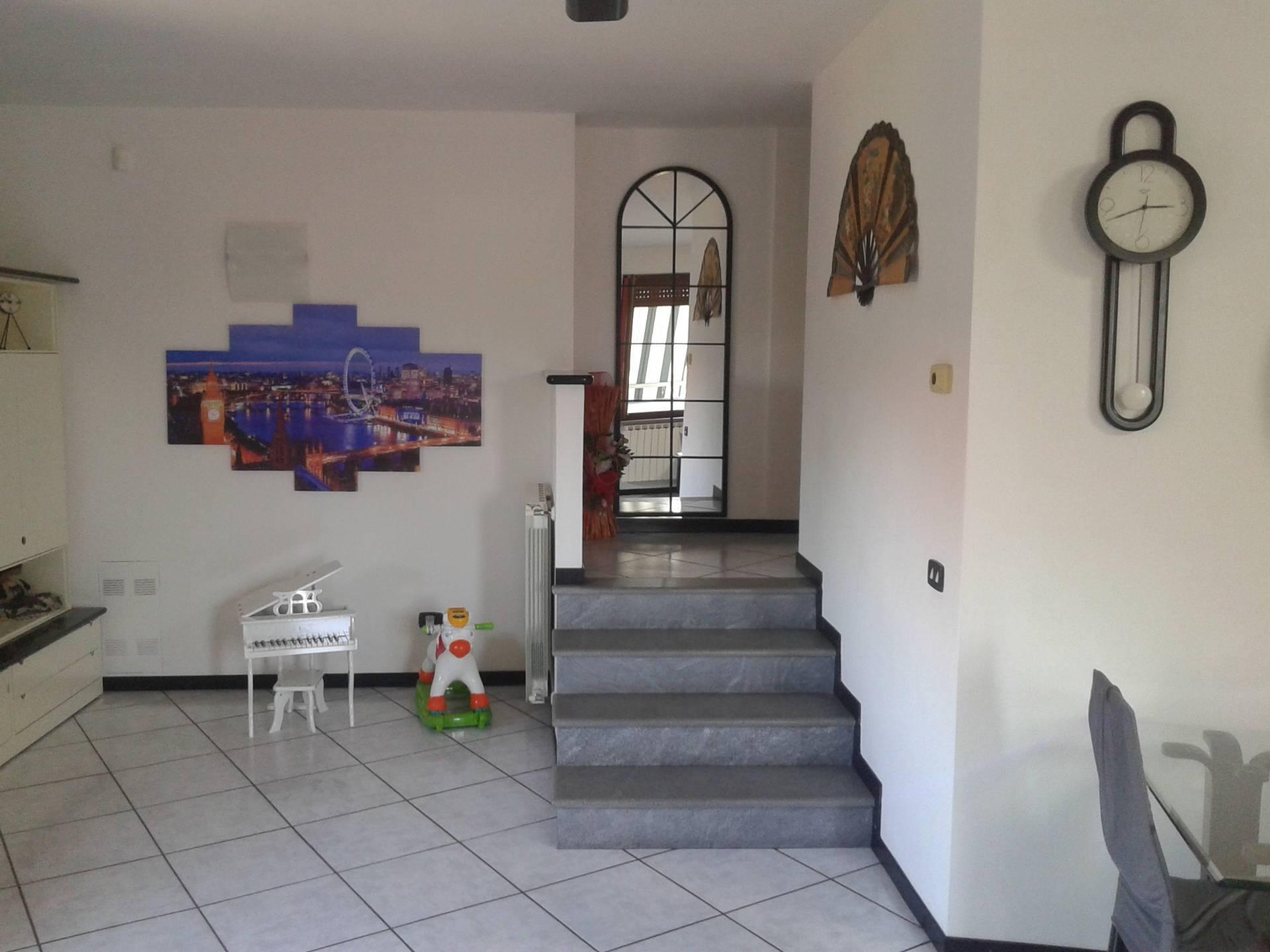 Villa in vendita a Villa Cortese, 3 locali, prezzo € 230.000   CambioCasa.it