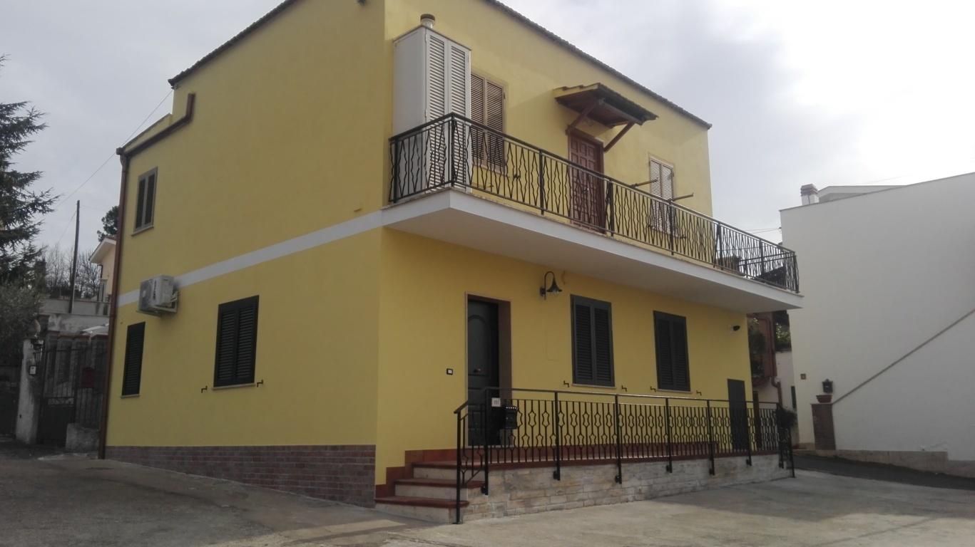 Appartamento in vendita a Guidonia Montecelio, 2 locali, zona Zona: Guidonia, prezzo € 85.000 | CambioCasa.it