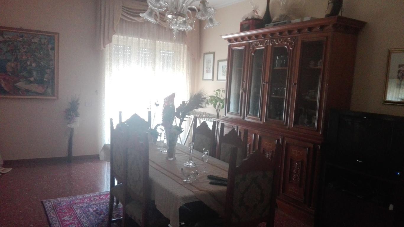 Appartamento in vendita a Castel Madama, 8 locali, prezzo € 198.000 | CambioCasa.it