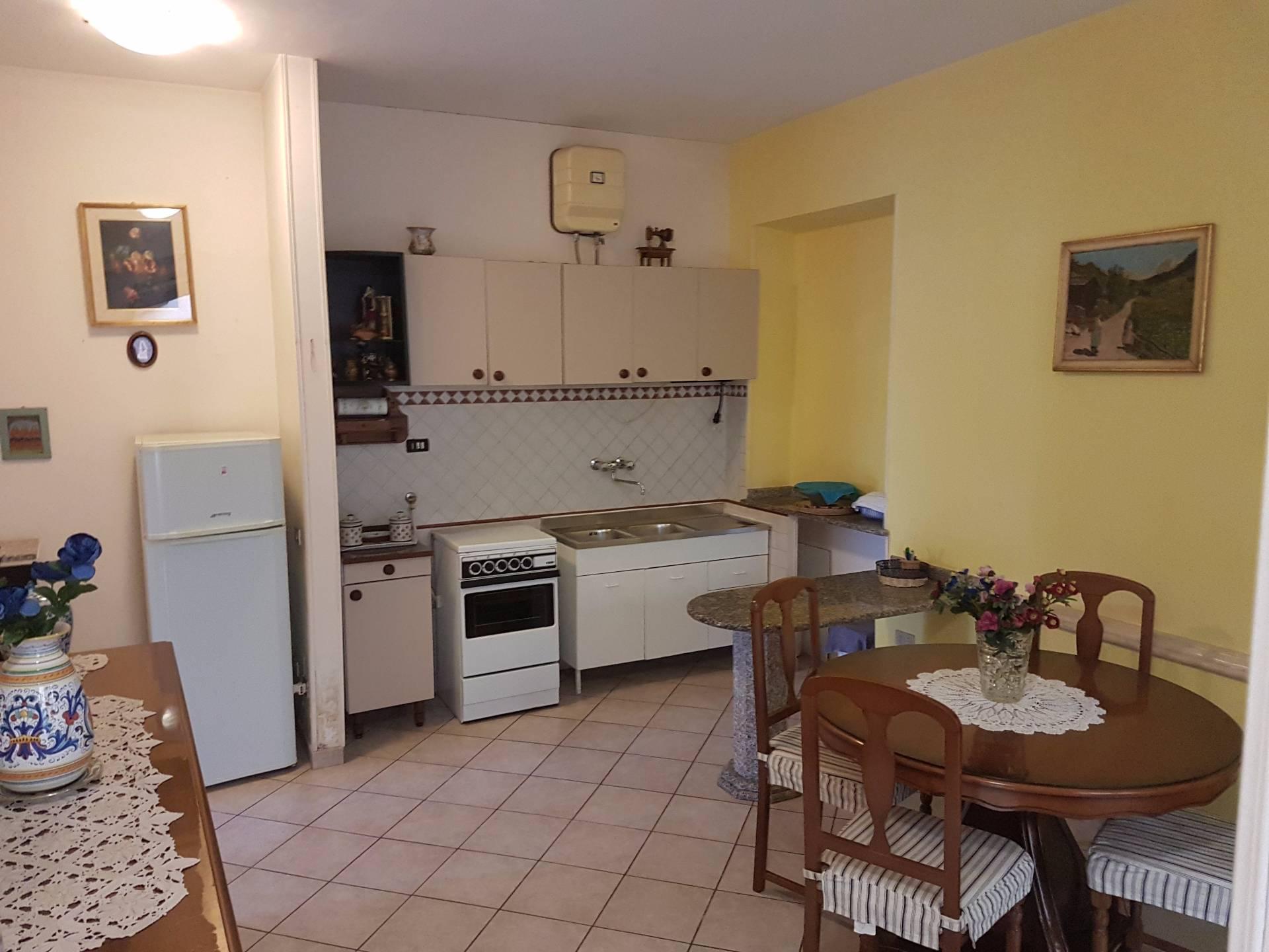 Appartamento in vendita a Vicovaro, 3 locali, prezzo € 65.000 | CambioCasa.it
