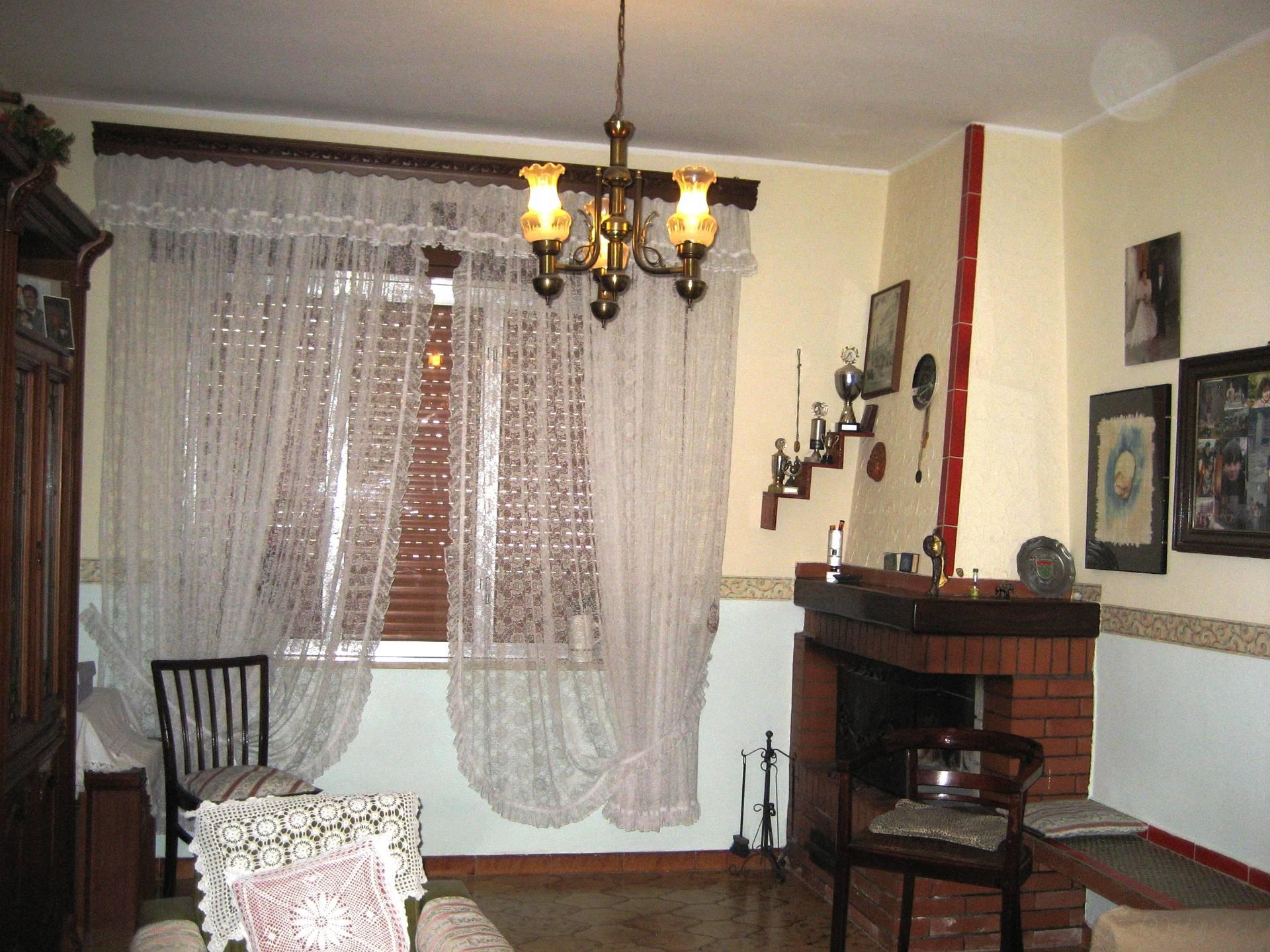 Villa in vendita a Siracusa, 5 locali, zona Località: Tremmilia, prezzo € 280.000 | CambioCasa.it