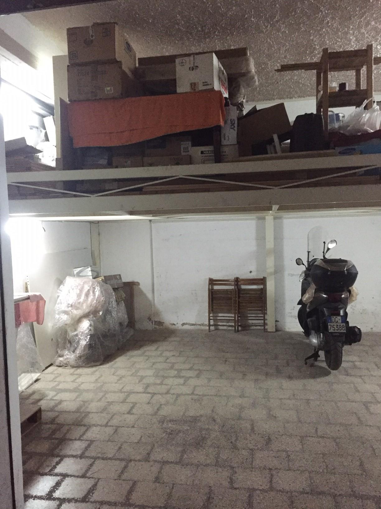Magazzino in vendita a Siracusa, 9999 locali, zona Zona: Grotticelle, prezzo € 27.000 | CambioCasa.it