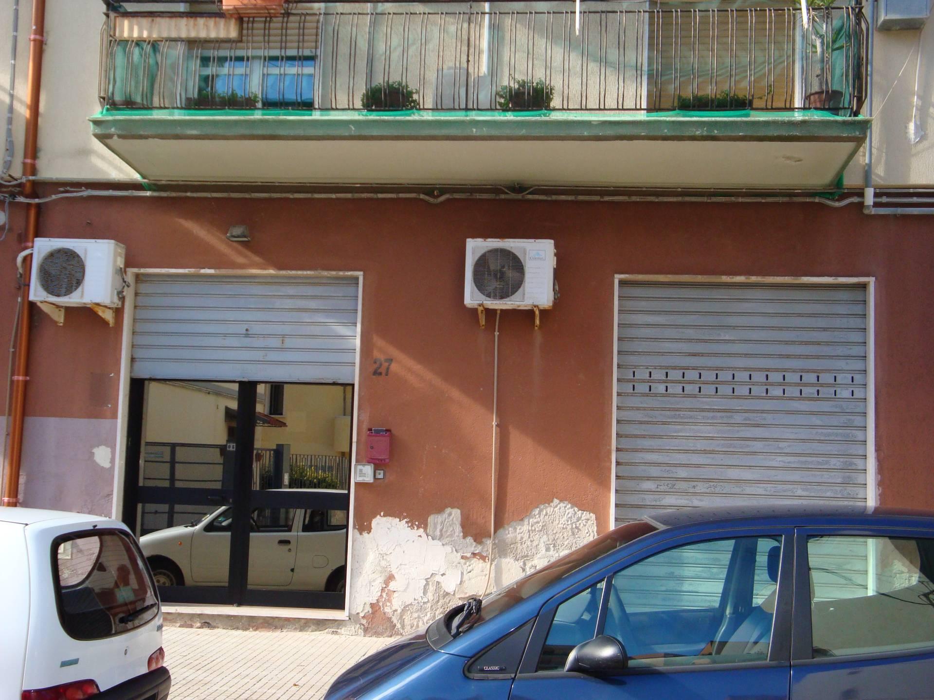 Negozio / Locale in affitto a Siracusa, 9999 locali, zona Zona: Grottasanta, prezzo € 650 | CambioCasa.it