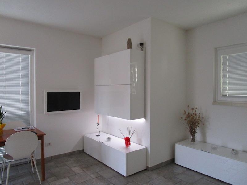 Appartamento in affitto a Bardolino, 1 locali, zona Zona: Cisano, prezzo € 600 | CambioCasa.it