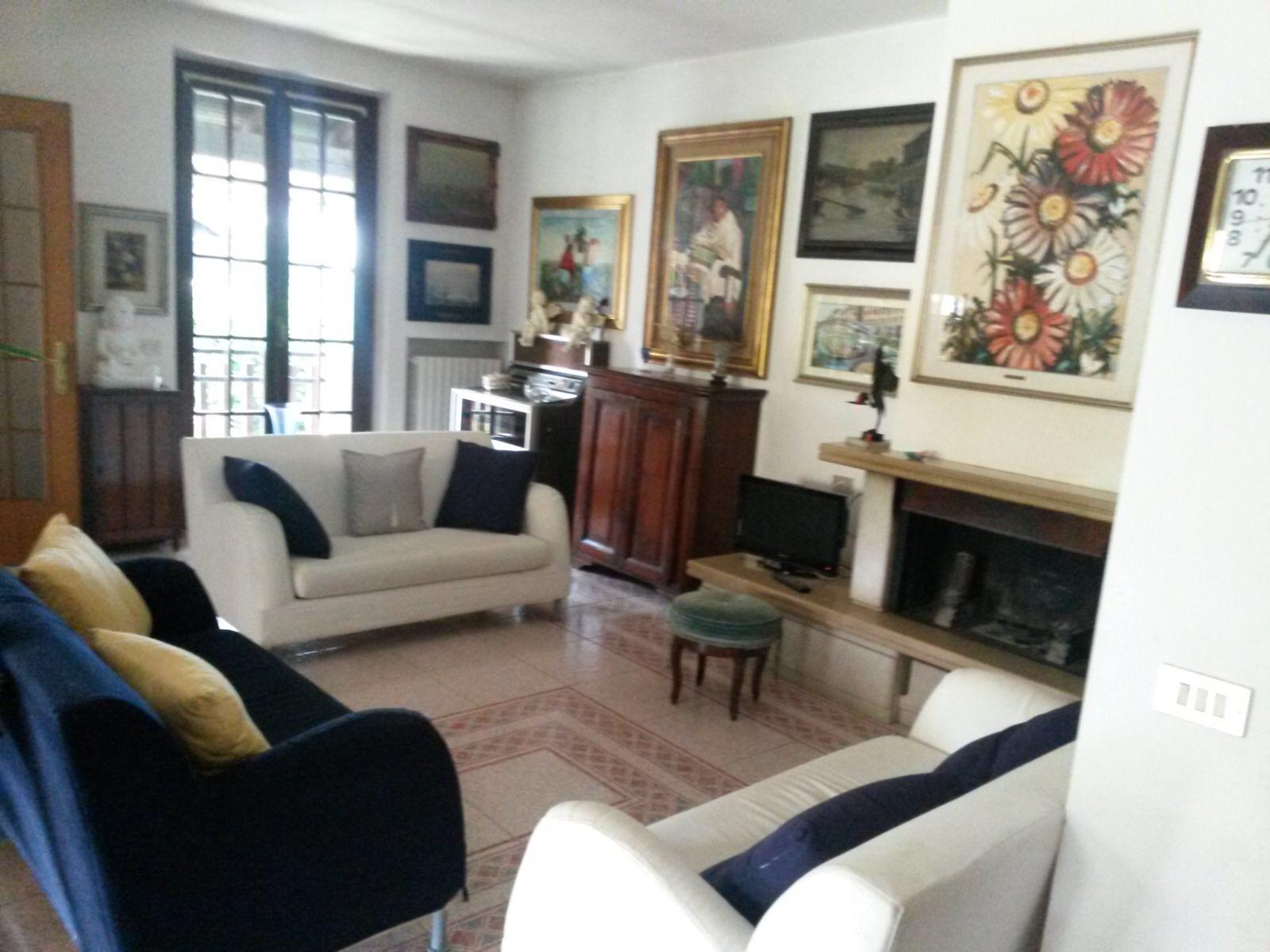 Soluzione Semindipendente in vendita a Noviglio, 5 locali, zona Località: S.aCorinna-Conigo, prezzo € 260.000 | CambioCasa.it