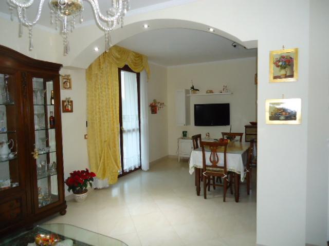 Villa a Schiera in vendita a Porto Recanati, 5 locali, zona Località: QuartiereOvest-Grotte-Montarice, prezzo € 215.000   CambioCasa.it