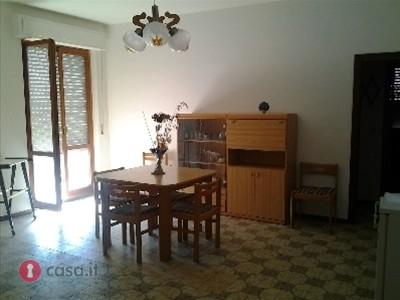 Appartamento in vendita a Porto Recanati, 4 locali, zona Località: QuartiereNord-Scossicci, prezzo € 95.000   CambioCasa.it