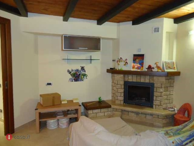 Appartamento in vendita a Potenza Picena, 5 locali, zona Località: PortoPotenzaPicena, prezzo € 145.000 | CambioCasa.it