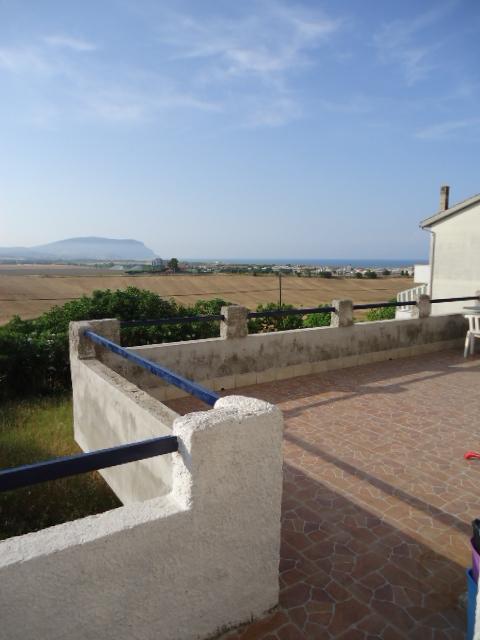 Appartamento in vendita a Porto Recanati, 4 locali, zona Località: QuartiereOvest-Grotte-Montarice, prezzo € 95.000   CambioCasa.it