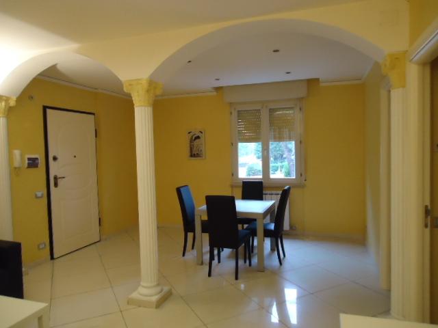 Appartamento in affitto a Porto Recanati, 5 locali, zona Località: QuartiereSud-S.aMariainPotenza, prezzo € 550 | CambioCasa.it