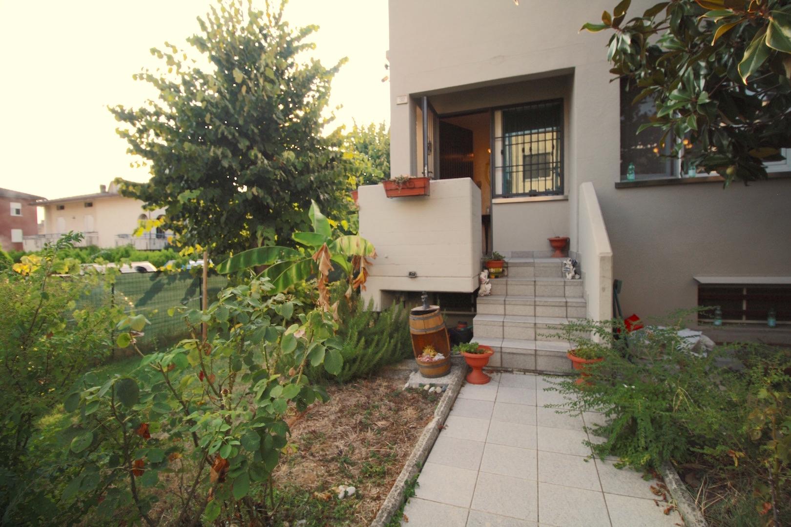 Villa a Schiera in vendita a Campegine, 7 locali, prezzo € 185.000 | CambioCasa.it